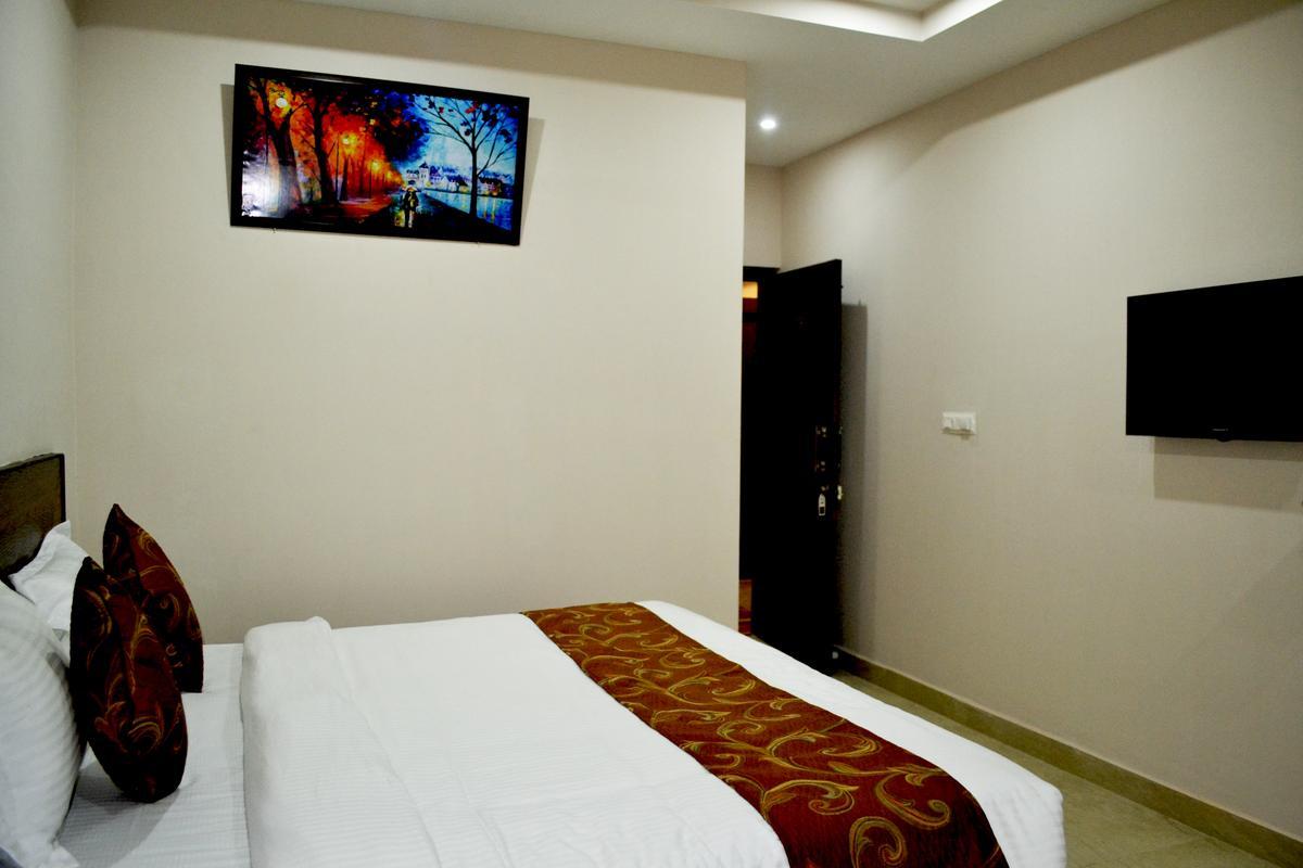 hotel-orchid-agra-room-7jpg-62953769926fs