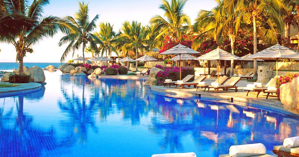 Kalson-Resort-Pool